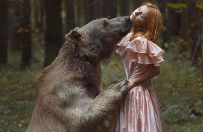 bear seducing woman