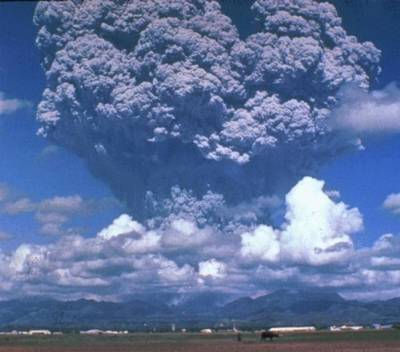 Picture of the eruption of Mt. Pinatubo, 1991.